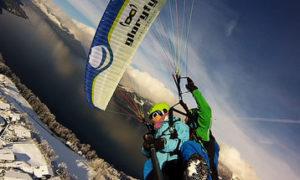 Полет с инструктором на параплане зимой в Швейцарии