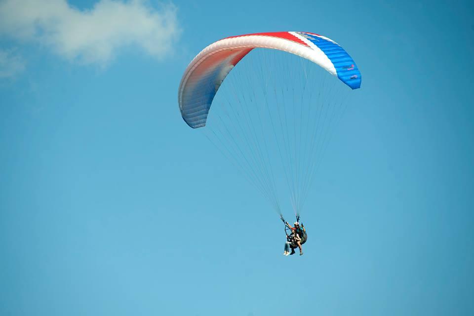 Полет на параплане с инструктором в Москве