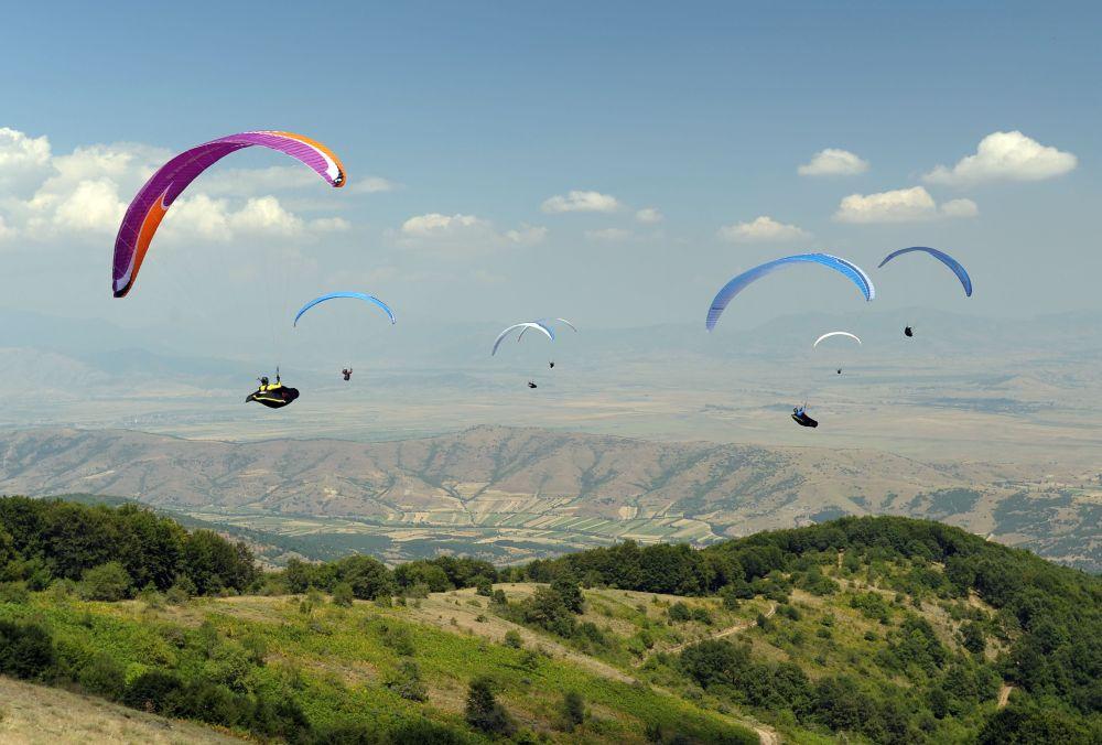 Термические полтоки в Македонии - обучение полетам на параплане